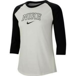 NWT Nike XS Raglan Sleeve Tee Final Price